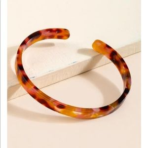 Francesca's collection noemi pink tortoise cuff